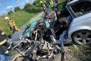 Wypadek pod Radomnem — cztery osoby trafiły do szpitala! [ZDJĘCIA]