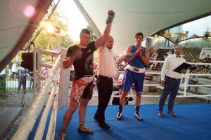 Michał Kuźniak zadebiutował w bokserskim ringu. Ciekawy sparing przed właściwym sezonem