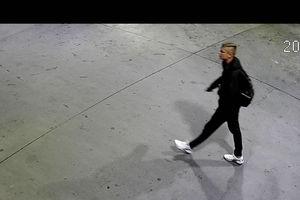 Kto okradł myjnię w Olsztynie? Policja publikuje wizerunek mężczyzny i prosi o pomoc w identyfikacji [VIDEO]