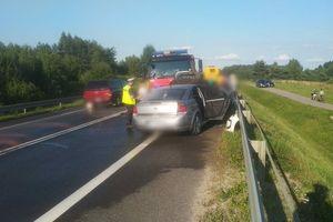 Zderzenie trzech samochodów na DK16. Sprawca kolizji miał ponad 3 promile alkoholu w organizmie