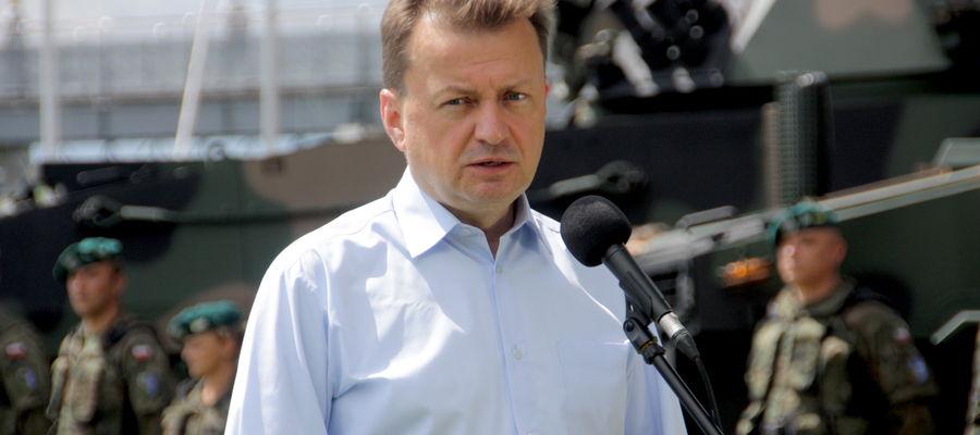 Minister Obrony Narodowej Mariusz Błaszczak z wizytą w giżyckiej Ekomarinie
