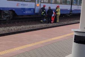 Mężczyzna potrącony przez pociąg