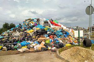 Opóźnienia w odbiorze odpadów z terenu Olsztyna. Znamy powód