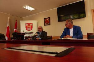 Starosta i dyrektor szpitala omawiali sytuację epidemiologiczną w powiecie bartoszyckim