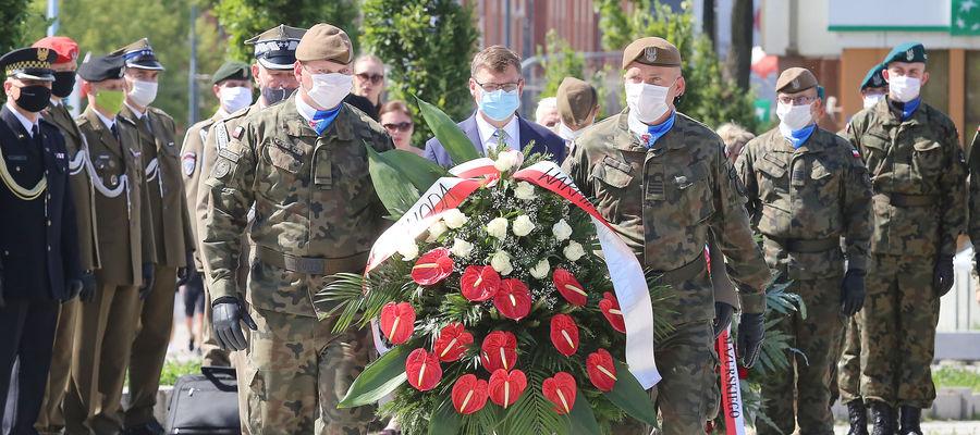 Wojewódzkie obchody Święta Wojska Polskiego w Olsztynie