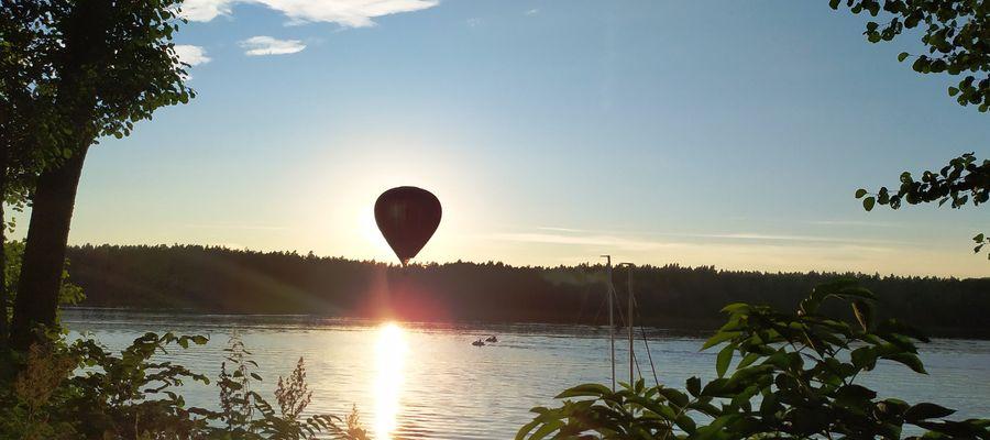 Balon nad Jeziorakiem