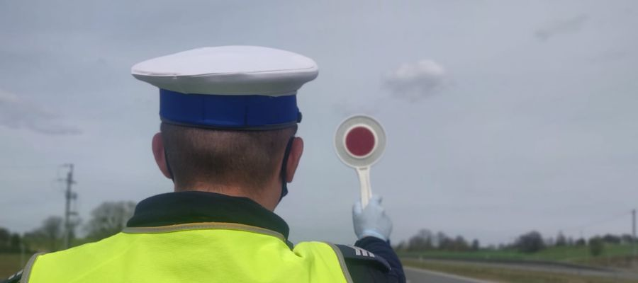 Obywatelskie zatrzymanie w Sampławie. Kierowca opla miał ponad 3 promile!