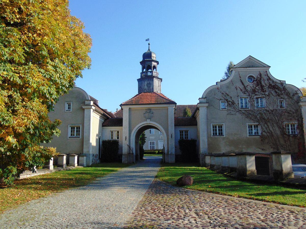 Pałac w Galinach k. Bartoszyc