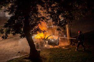 Pożar forda w Bartoszycach