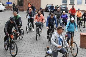Niedziela Cittaslow z rowerami, piknikiem i symbolem pomarańczowego ślimaka w roli głównej