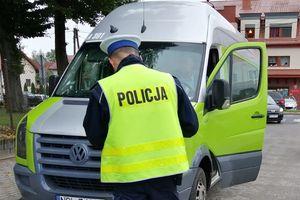 Olsztyńscy policjanci walczą o to, by każda droga do szkoły była bezpieczna. Pod lupę biorą m.in. autobusy [VIDEO]