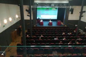 Sesja rady miasta: dyskutowano m.in. o bibliotece, ośrodku sportu, szkolnych świetlicach oraz śmieciach