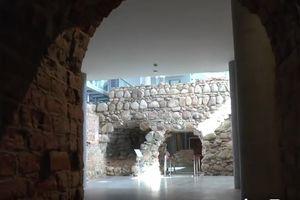 Nowoczesne Centrum w starych murach