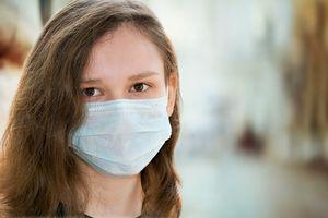 Rośnie liczba zakażonych koronawirusem na Warmii i Mazurach. Wśród nich uczeń, nauczycielka, pielęgniarki oraz pacjenci szpitala