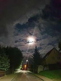 Księżycowa noc.