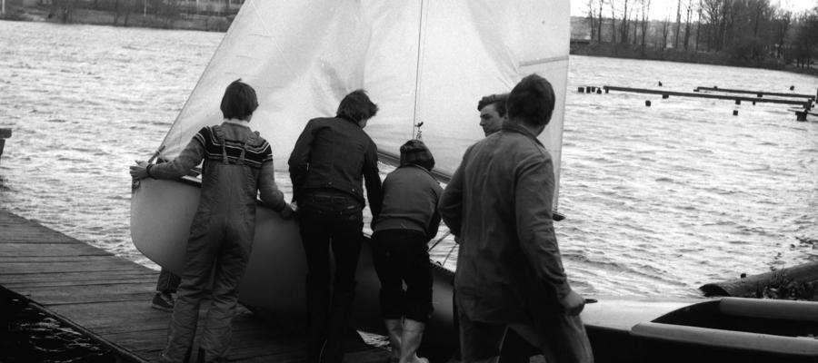 Surowe warunki nie były przeszkodą, żeby ruszyć na wodę. Wystarczyły chęci i odpowiedni ubiór