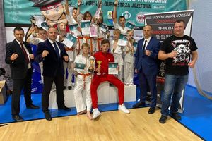 Worek medali karateków z Dojo Sosnowski