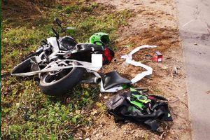 Motocykl zderzył się z ciągnikiem rolniczym