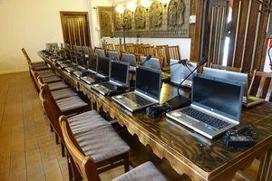Komputery za ponad 100 tys. złotych dla uczniów