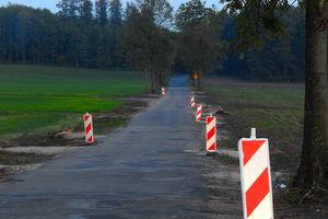 Odcinek drogi powiatowej Skarlin – Nawra będzie przez pięć dni zamknięty z powodu remontu