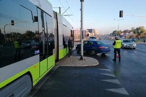 Olsztyn: Samochód zderzył się z tramwajem
