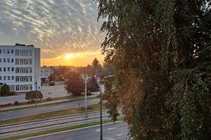Wymień zdjęcie na prenumeratę: Olsztyn: poranek na Dworcowej