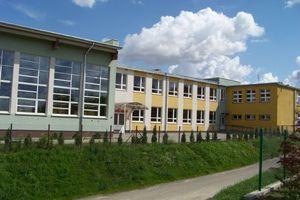 Klasa IV Szkoły Podstawowej w Sampławie przechodzi na nauczanie zdalne