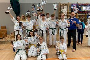 Bartoszyce wystawiły pięciu karateków i każdy z nich stanął na podium turnieju w Skarżysku-Kamiennej