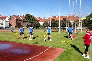 Sokół Ostróda w Częstochowie na sztucznej murawie zagra ligowy mecz ze Skrą