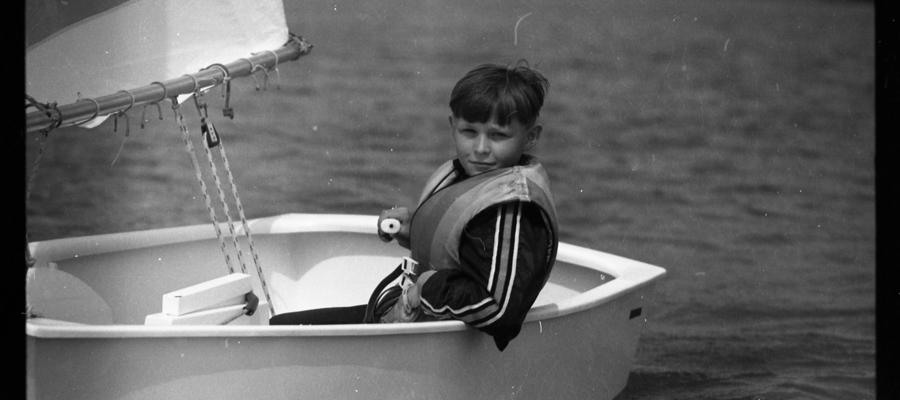 Młody żeglarz iławskiego MOS-u podczas treningu