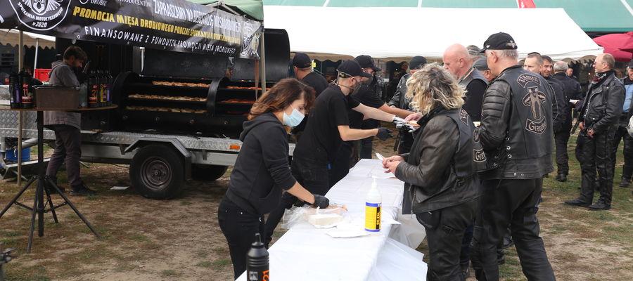 Drób zdominował menu ne motocyklowej imprezie