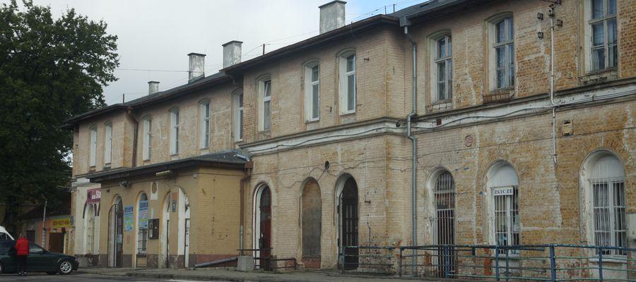 Przejęty przez urząd miasta budynek dworca kolejowego w Bartoszycach