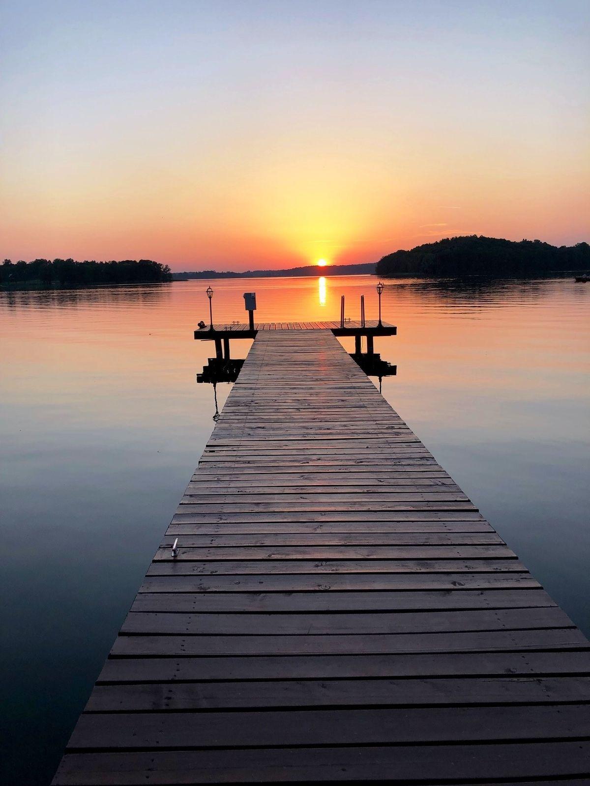 Zachód słońca nad jeziorem Wulpińskim