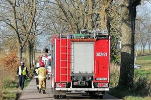 Tragiczny wypadek w powiecie olsztyńskim. Kierowca vokswagena zderzył się z motorowerzystą