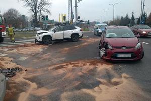 Zderzenie dwóch pojazdów na ul. Armii Krajowej w Olsztynie