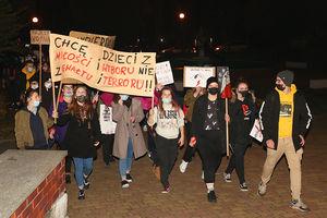 MEN chce karać za namawianie do strajku