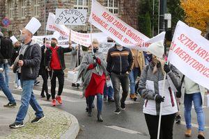 Protest branży gastronomicznej w Olsztynie [ZDJĘCIA]