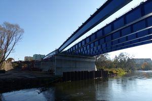 Trwa przebudowa ulicy Poniatowskiego, a na Łynie budują drugi most. ZOBACZ ZDJĘCIA