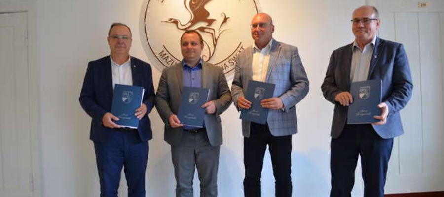 """Podpisanie porozumienia w sprawie podjęcia inicjatywy """"Południowe Mazury"""""""
