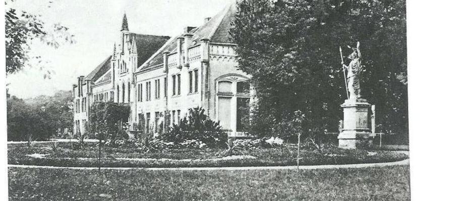 Neogotycki pałac w Łęgowie na początku XX wieku