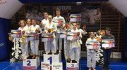 Oleccy karatecy wrócili do domu z workiem medali