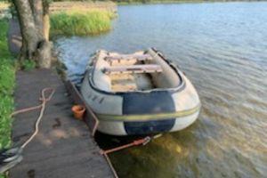 Policjanci odzyskali skradziony ponton. Podejrzani o kradzież oraz paserstwo odpowiedzą przed sądem
