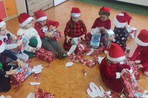 Mikołajki w grupach przedszkolnych nowomiejskiej szkoły