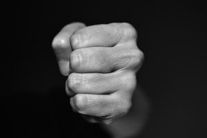 Dozór policyjny dla 41-letniego sprawcy przemocy domowej