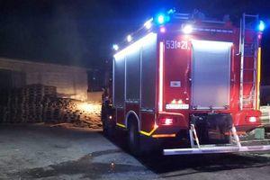 Strażacy uchronili ostródzką stolarnię przed całkowitym spaleniem