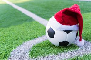 Dlaczego Anglicy grają w święta?