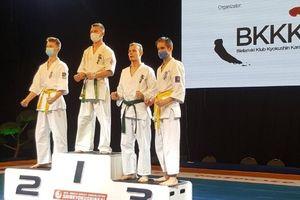 Czworo lidzbarskich karateków wróciło z Warszawy z medalami