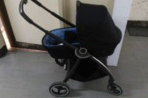 Dwóch 19-latków ukradło wózek dziecięcy