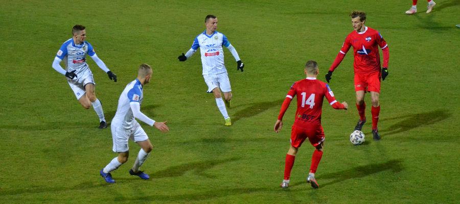 Piłkarze Sokoła w meczu z Hutnikiem odnieśli ósme zwycięstwo w II lidze