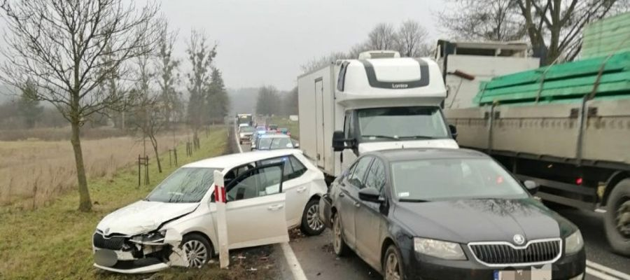 Niebezpieczny dzień na drogach w regionie